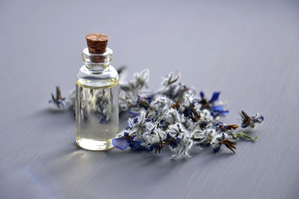 lavendelolie-etherische-olie
