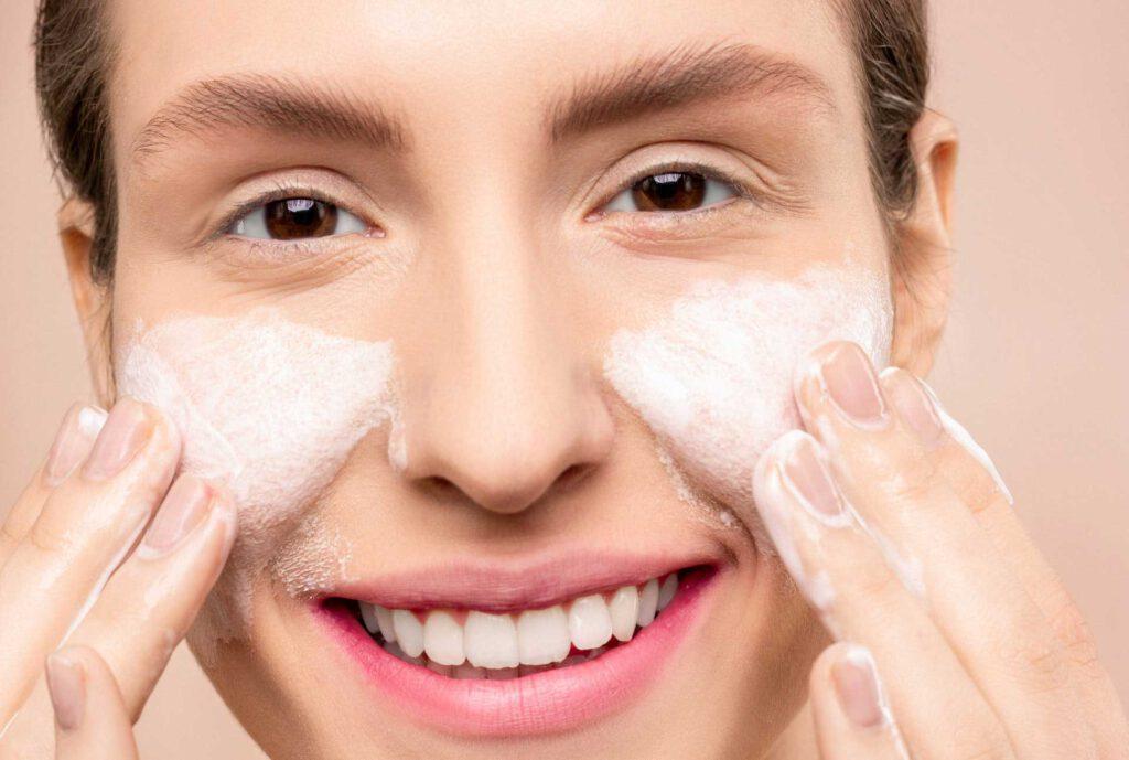beste natuurlijke scrub voor gezicht lichaam