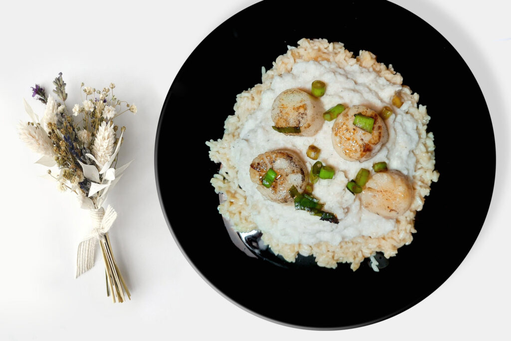 coquilles risotto bloemkoolpuree ansjovisboter